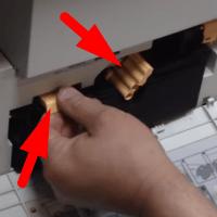 как снять картридж с принтера